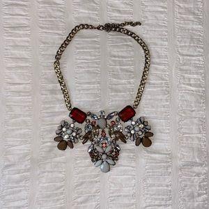2/$20 🌷Stunning jewelled statement necklace